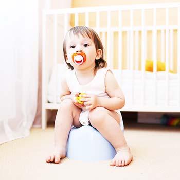 Stolice u kojenců: zácpa a průjem