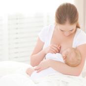 Nejčastější problémy s kojením a jak je řešit