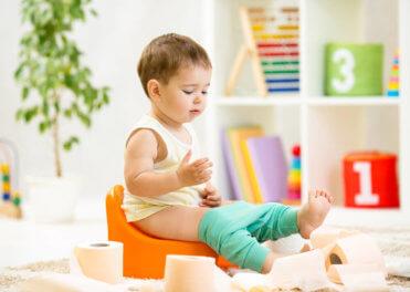 Jak naučit dítě na nočník?