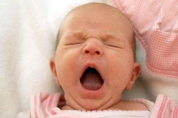 Co dělat, když miminko nechce spát?